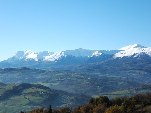 The snow-capped Monti Sibillini - click on photo to return to page